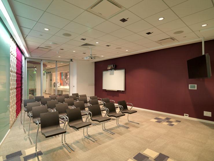 Technology Rezonant Design Cisco B16 Media Lounge 1