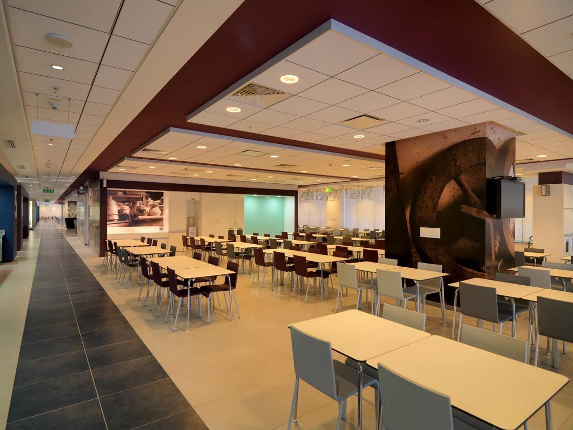 Technology Rezonant Design Cisco B16 Cafe 02