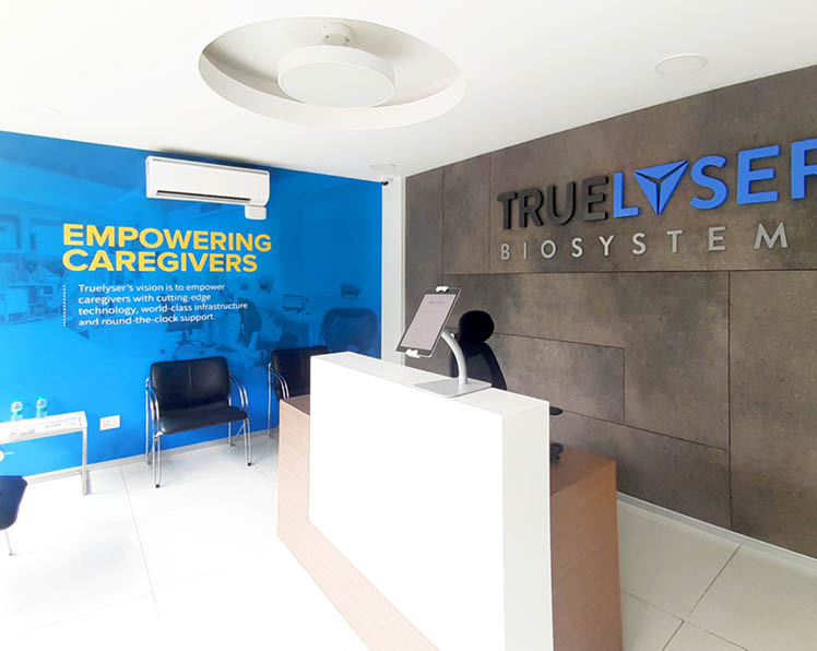 Rezonant design Healthcare Truelyser Office graphics Feature image